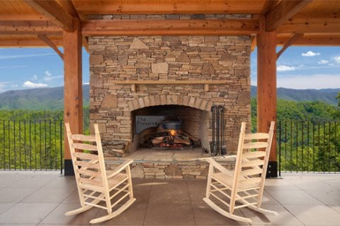 Make Your Smoky Mountain Vacation One To Remember With A Mountain ...