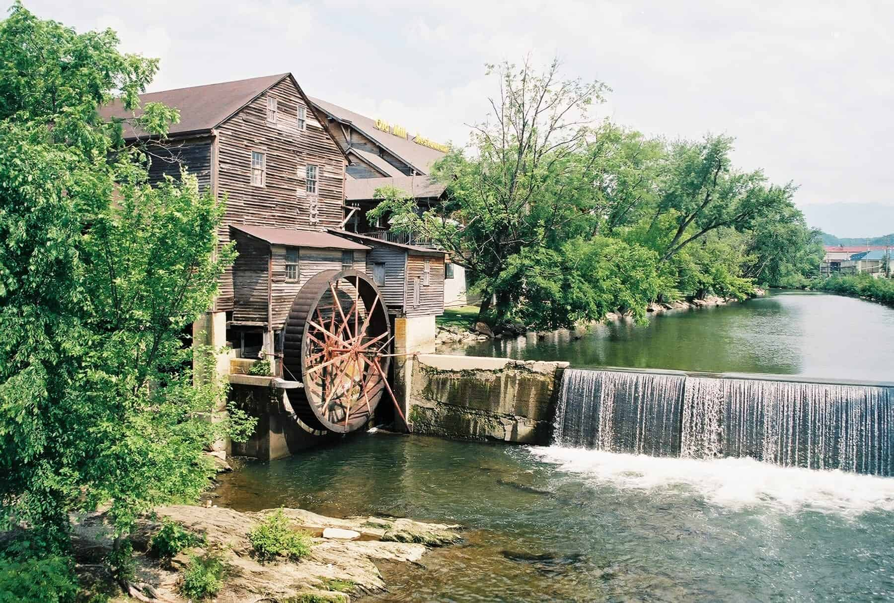 7 Things You Didn T Know About The Pigeon Forge Old Mill