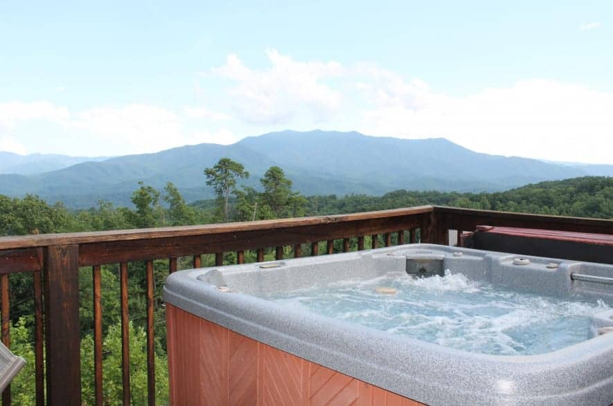 Gatlinburg cabin with a hot tub on the deck
