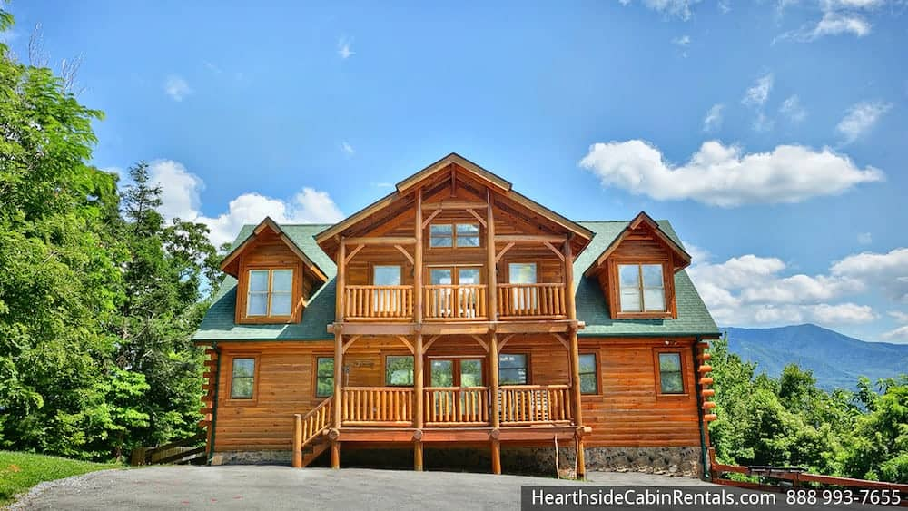 Gatlinburg Tennessee Cabins ~ Top questions to ask when choosing large group cabins in