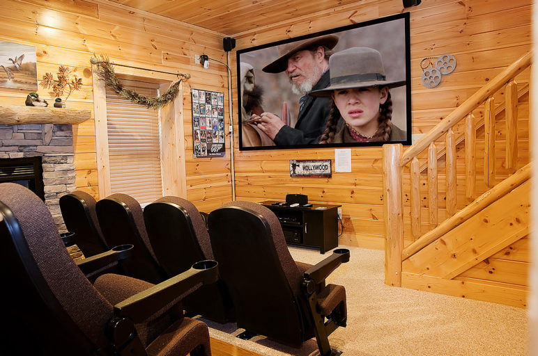 Black Bear Ridge Pigeon Forge cabin with a theater room
