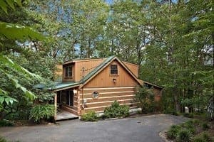 The Treehouse secluded luxury cabin in Gatlinburg