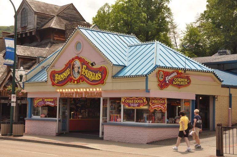 The exterior of Fannie Farkle's in Gatlinburg.
