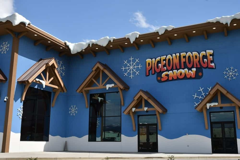 Pigeon Forge Snow Offers Year Round Indoor Snow Tubing