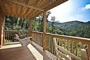 deck if a secluded luxury cabin in gatlinburg