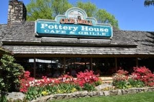 Pottery House Cafe and Grille at Old Mill