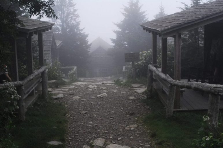 leconte lodge in the smoky mountains