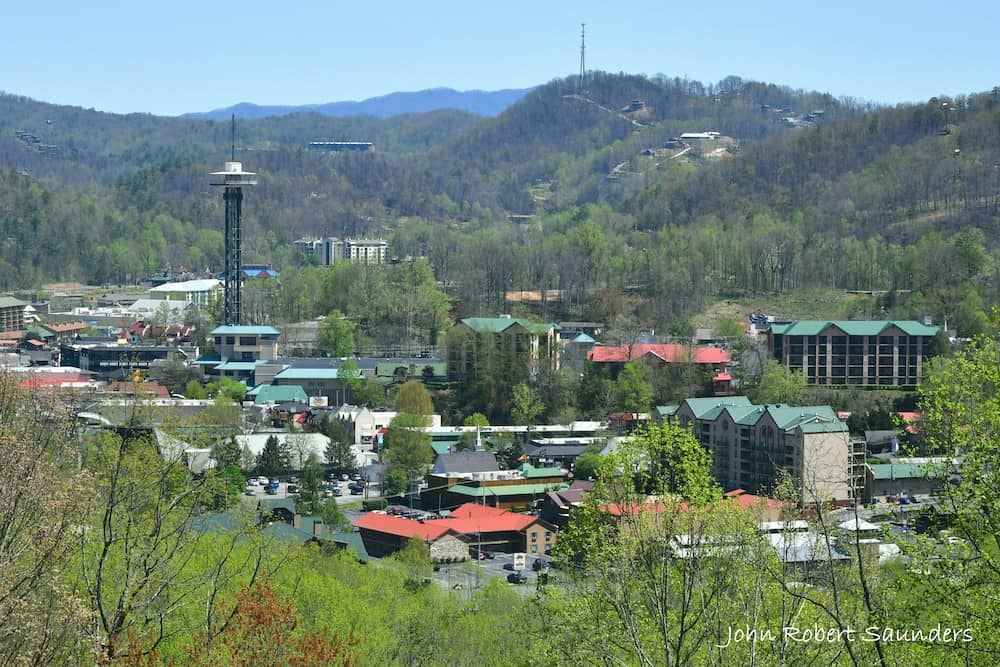 A Local's Guide to the Smokies: The Best Things to Do in Gatlinburg